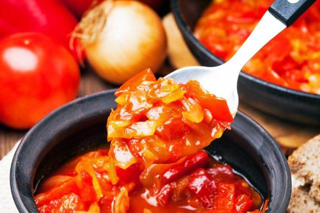 Лечо из болгарского перца на зиму: 7 вкусных рецептов пальчики оближешь