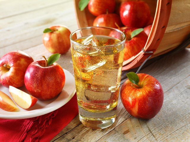 Компоты из яблок на зиму: 13 простых и очень вкусных рецептов